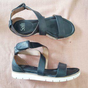 Sofft Black Leather Cross Strap Sandals 8